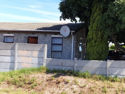 3 Bedroom House for Sale in Sillwood Estate, Cape Town